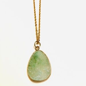 Opaque green natural crystal agate druzy pendant
